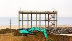Namo betoninių konstrukcijų dezaktyvavimo ir išmontavimo darbas Namie apylinkėje / Decontamination and dismantling work of the house concrete structures at the Namie area