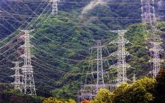 Prieš avariją atominėje elektrinėje pagaminta elektros energija buvo perduodama iš Fukušimos iki pat Tokijo / Before the accident, electricity generated at the nuclear power plant, was transmited from Fukushima all the way to Tokyo
