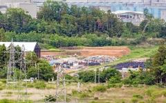 Užterštų atliekų laikymo vieta uždaroje zonoje / Contaminated waste storage place at the exclusion zone