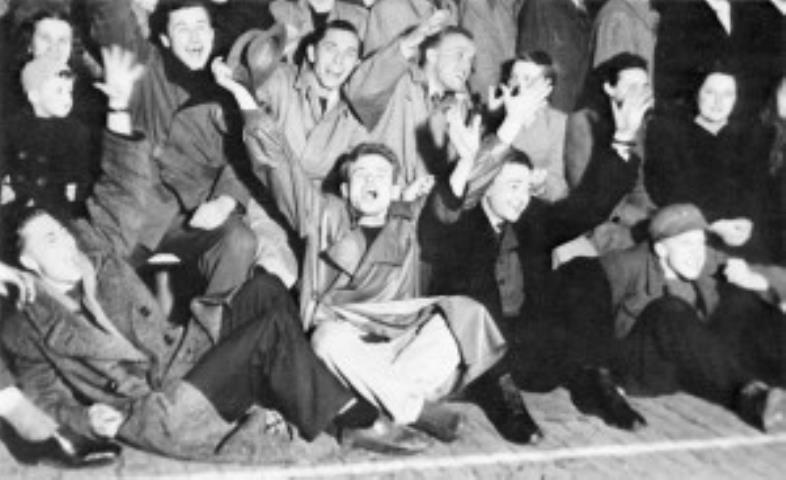 """Džiaugsmui nebuvo galo, kai 1947 m. Kempteno """"Šarūnas"""" laimėjo Pabaltijiečių meisterio vardą Kemptene"""